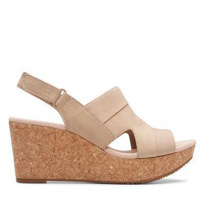 13780c3a2a5985 The Most Comfortable Sandals for Women - Clarks® Shoes Official Site