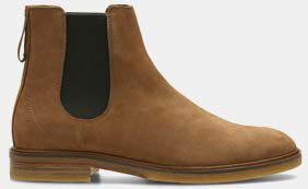 Clarkdale Gobi, men's Chelsea boots in tobacco suede
