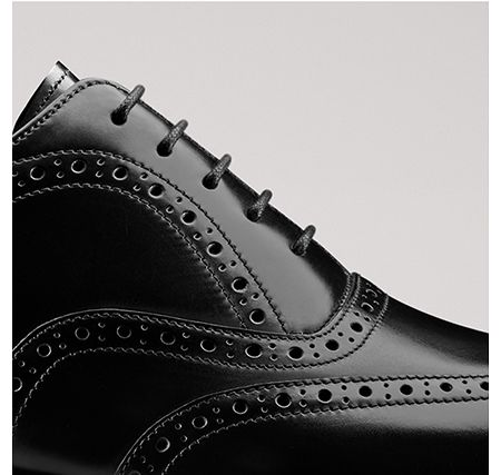 Shoe being mnade with American leathers