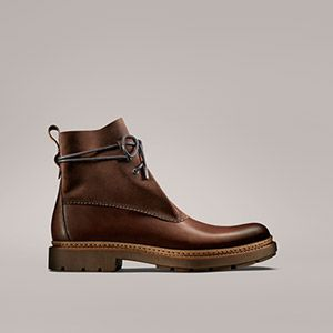 Discover the men's Trace Boot collection