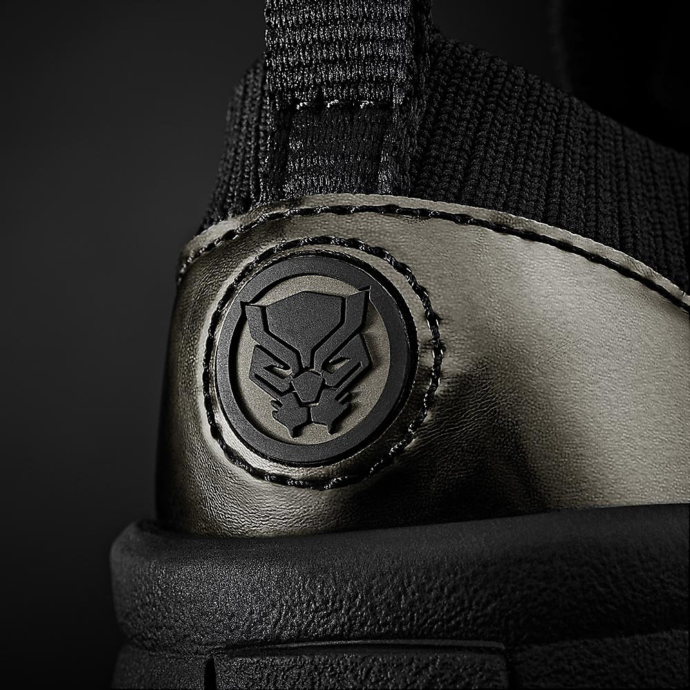 Enlarged close up shot of Black Panther's sole