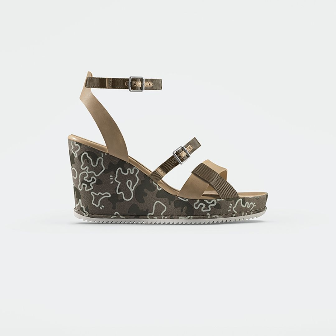 Adesha Art, khaki wedge sandals with print detailing