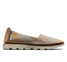 Damara Chic, women's slipons in nude combi leather