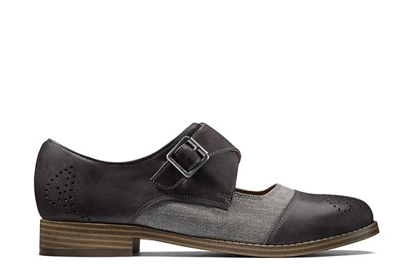 Zyris Nova, mary janes in grey leather and textile