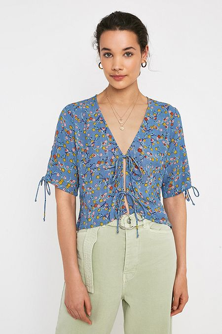 8b63108b625 New Colours Available. UO Faith Floral Print Tie-Front Blouse