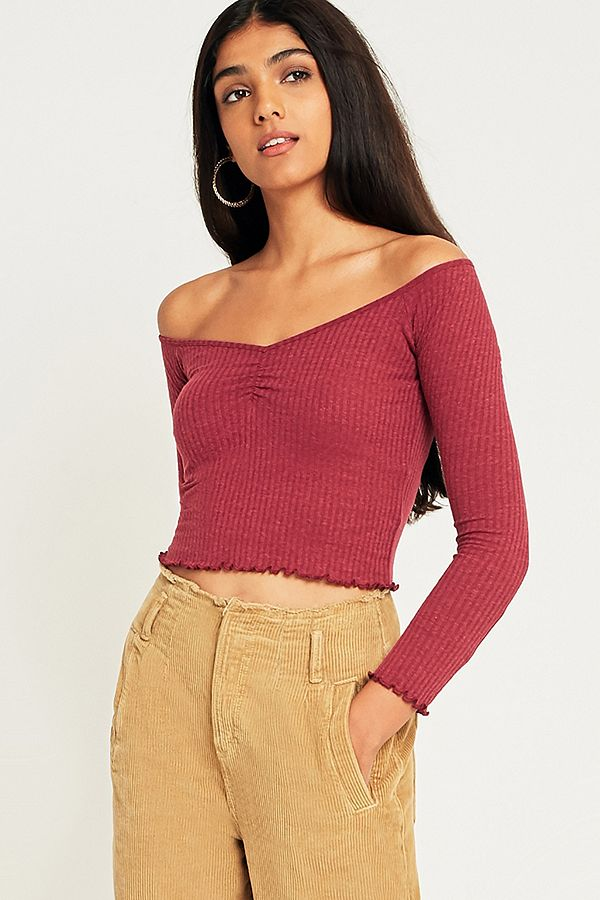 8a1fc77789b UO Bardot Sweetheart Off-the-Shoulder Top | Urban Outfitters UK