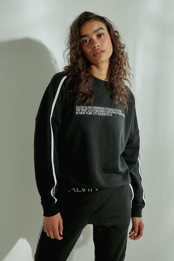 f582e73d45e Slide View  1  Calvin Klein 1981 Black Crew Neck Sweatshirt