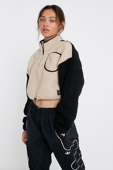 a9fe0af3cd8 Women's Sweatshirts, Hoodies & Sweaters | Urban Outfitters UK