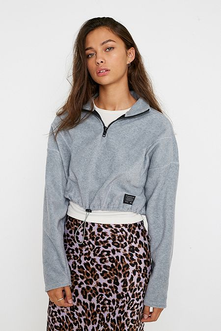 new style c2de2 8ed15 Pullover, Hoodies & Sweatshirts für Damen | Urban Outfitters DE