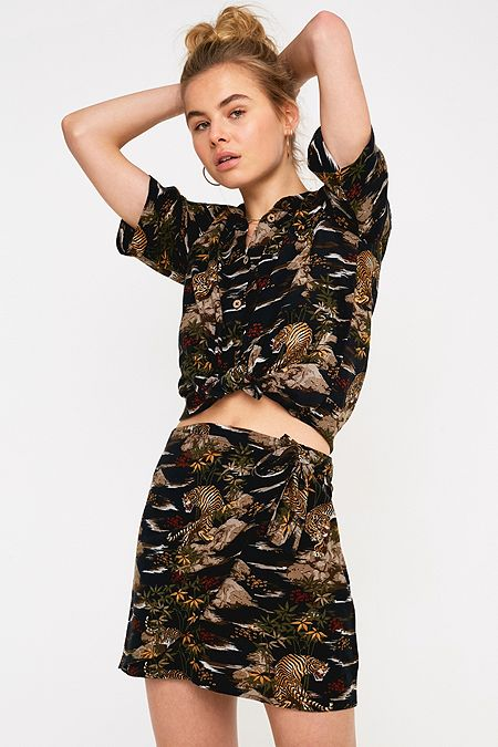 3755f796370 UO Jungle Print Tie Mini Skirt