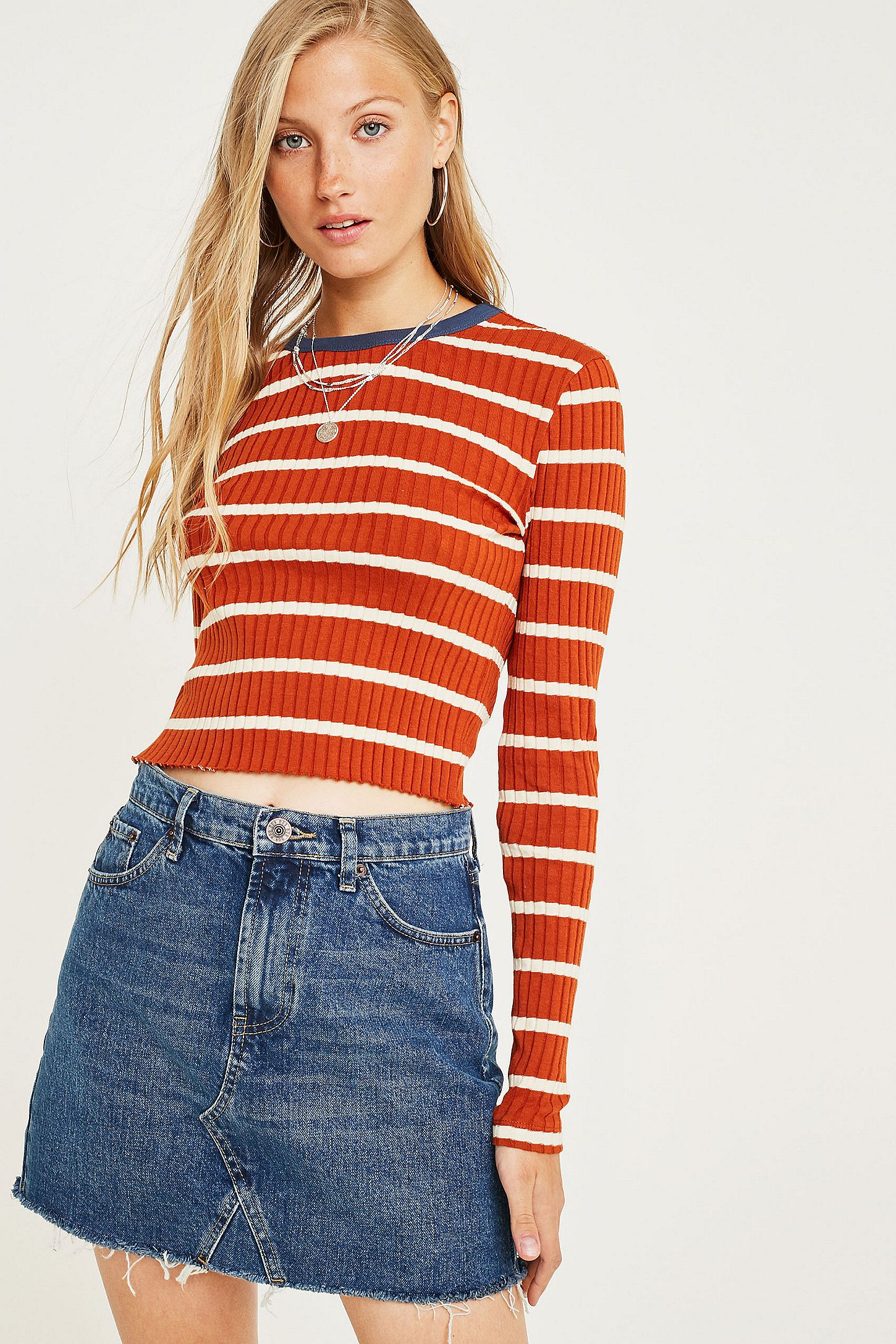 f578cee9ab9fde BDG Austin Indigo Notched Denim Mini Skirt | Urban Outfitters UK