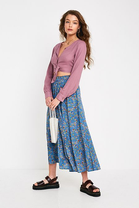 e65c3c54e445 UO Blue Floral Button-Through Beach Midi Skirt