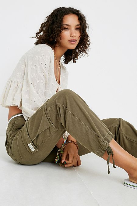 5f2dbddeffe36 BDG Authentic Khaki Cargo Trousers