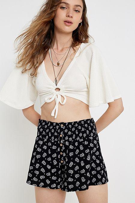 bdfdb615 Women's Shorts | Denim, Plain, Floral & More | Urban Outfitters UK