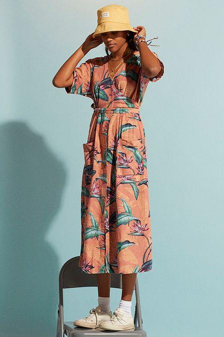 f852a049ce UO Isabelle Hawaiian Print Linen Midi Dress