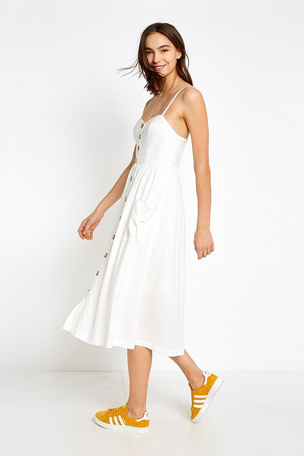 846de34e299 UO Emilia White Button-Through Midi Dress | Urban Outfitters UK