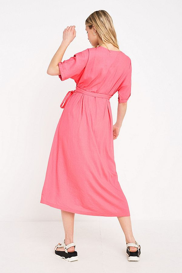 Slide View: 3: UO Isabelle Pink Linen Midi Dress