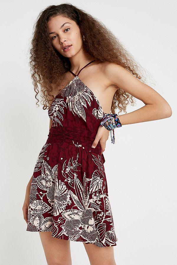 f1f99e15d33062 Slide View  1  UO Marabella Floral Y-Neck Mini Dress