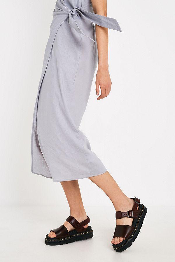 aa5f4e33068 Slide View  2  UO Quebec Grey Linen Side-Tie Midi Wrap Dress