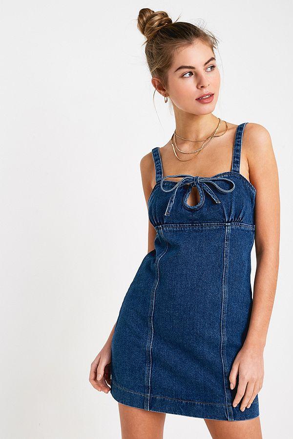 95d8bf4817 UO Kia Keyhole Denim Mini Dress | Urban Outfitters UK