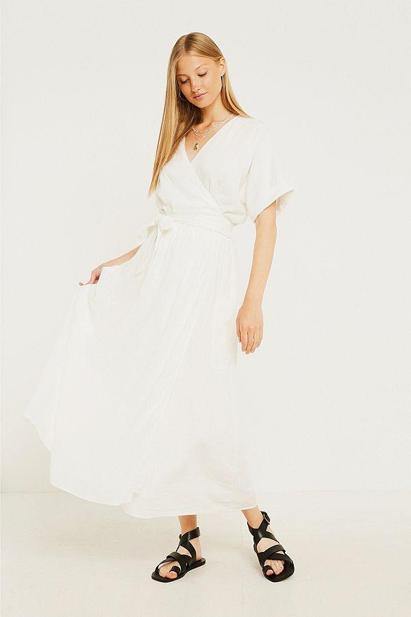 6a680826ab UO Linen Wrap White Midi Dress
