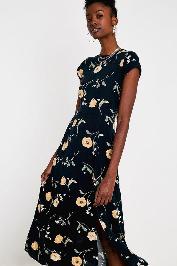 34bc25adbcb UO Lindsey Floral Slit Maxi Dress