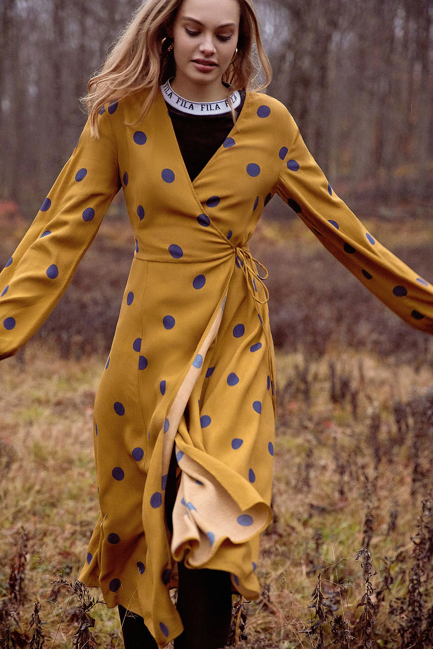 c4016a258082 UO Yellow Audrey Polka Dot Long-Sleeve Wrap Midi Dress