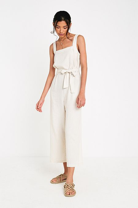bd4be2197b1 UO Julia Tie Sun Dress. 59.00 €. White Multi · Red Multi · + 2 colours · UO  Emily Sarah Linen Jumpsuit