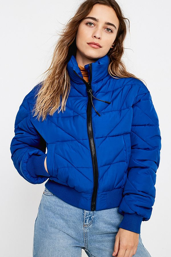 815a85a1344b Slide View  1  UO Blue Chevron Quilted Puffer Jacket