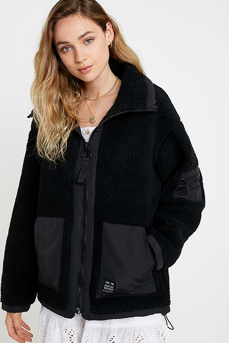 84285de26 Women's Puffer Jackets   Hooded & Cropped Padded Coats   Urban ...