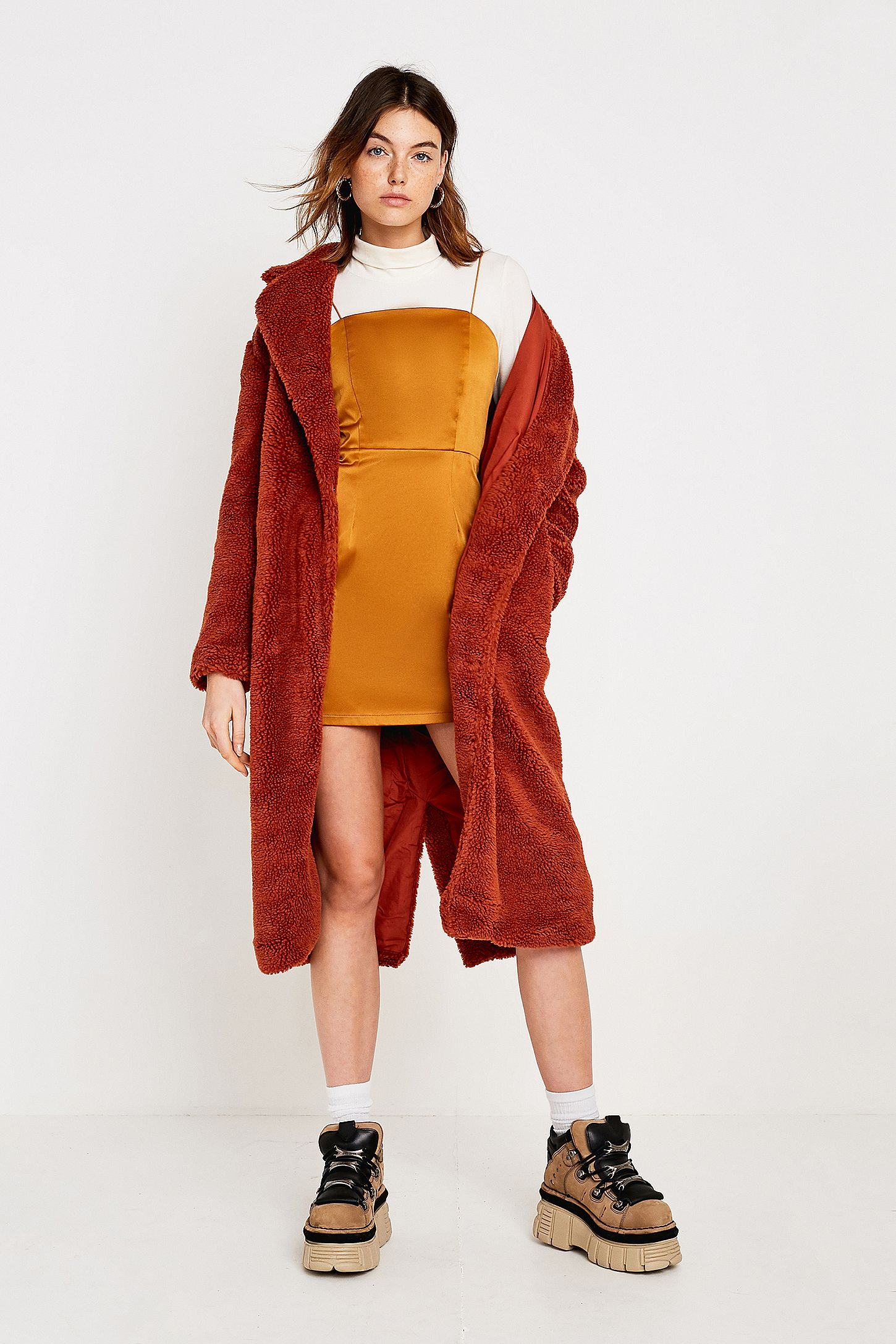 7e24c4a3f UO Long Brick Teddy Coat