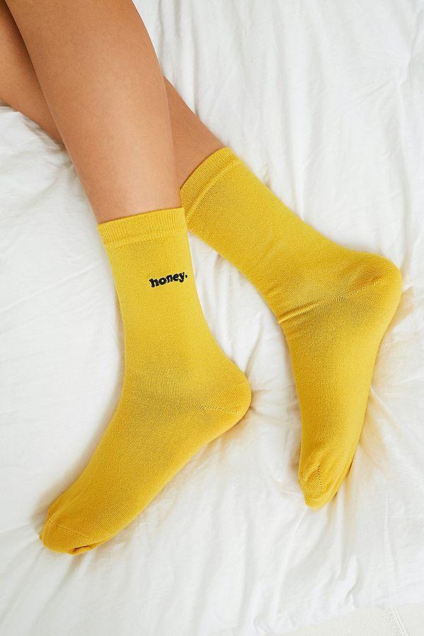 dba6c910ed4f68 Slide View  1  Honey Embroidered Crew Socks