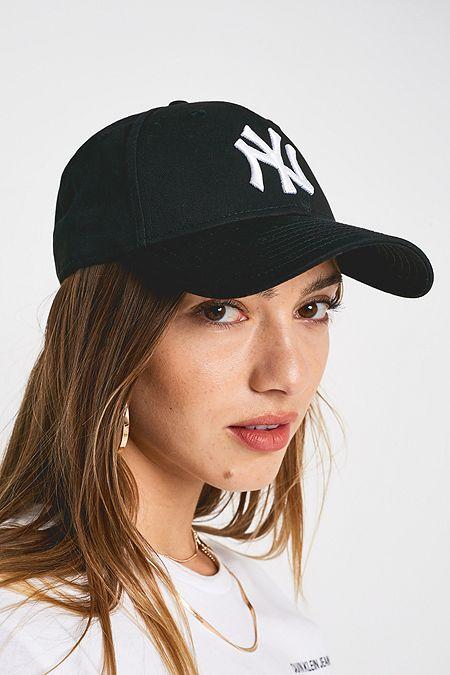 6f93dffb1c8 New Era 9FORTY NY Yankees Black Baseball Cap