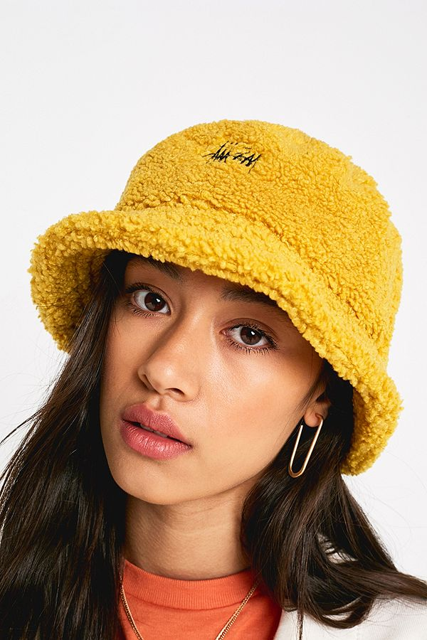 cc725f62fb49e Stussy Sherpa Fleece Bucket Hat - Yellow