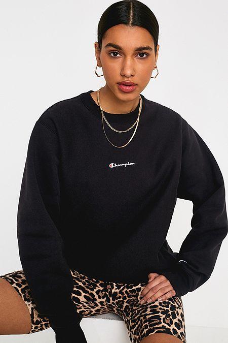 488d66678211 Champion UO Exclusive Black Script Logo Crew Neck Sweatshirt