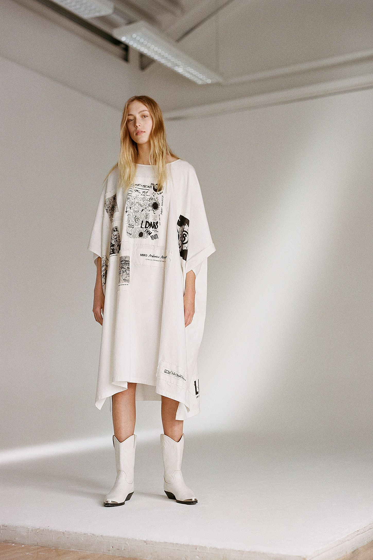 a2e26f365cb4c MM6 Patched Oversized T-Shirt Dress