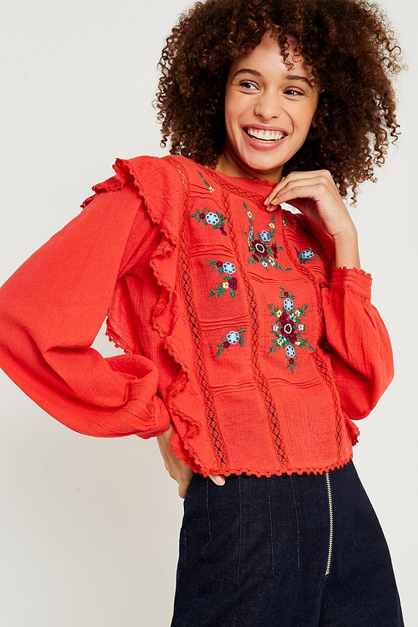 377aaa13a71607 Free People Amy Red Floral Embroidered Top | Urban Outfitters UK