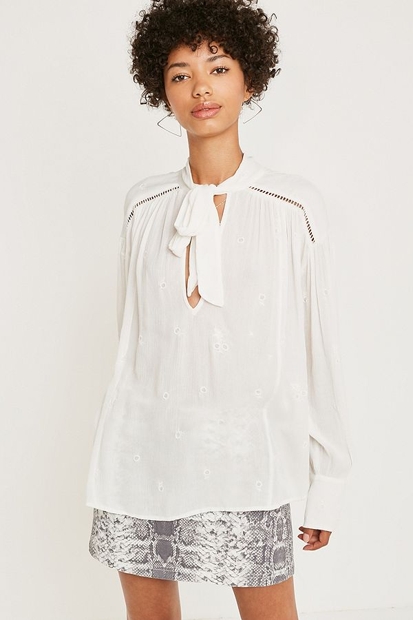 925006f72e5dea Free People Wishful Moments White Blouse   Urban Outfitters UK