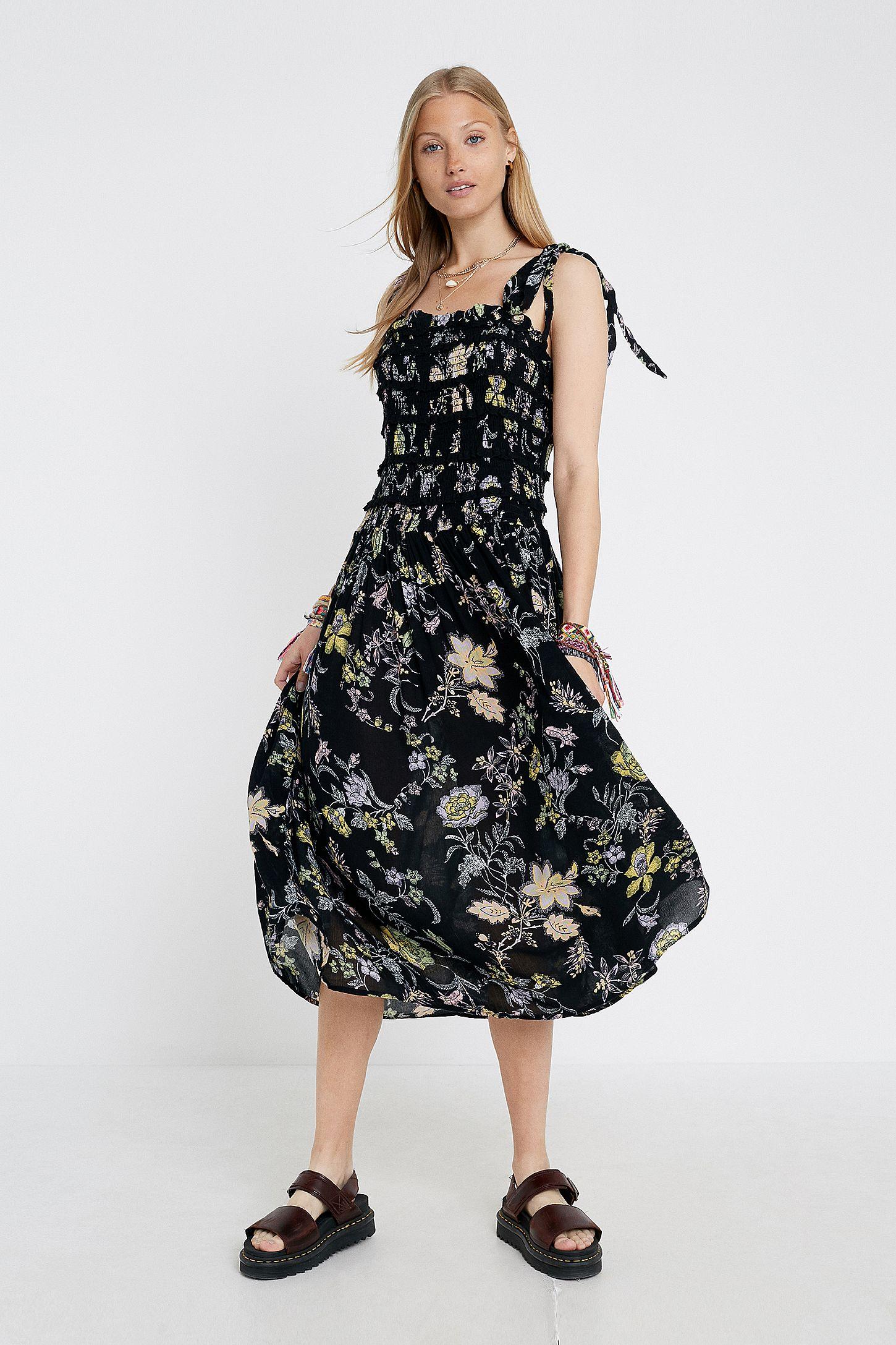 756db1f05854 Free People Isla Black Floral Midi Dress | Urban Outfitters UK