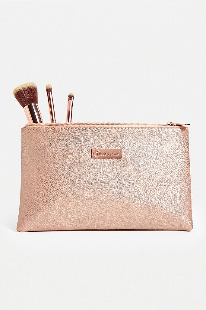 bh cosmetics Pretty In Pink Brush Set
