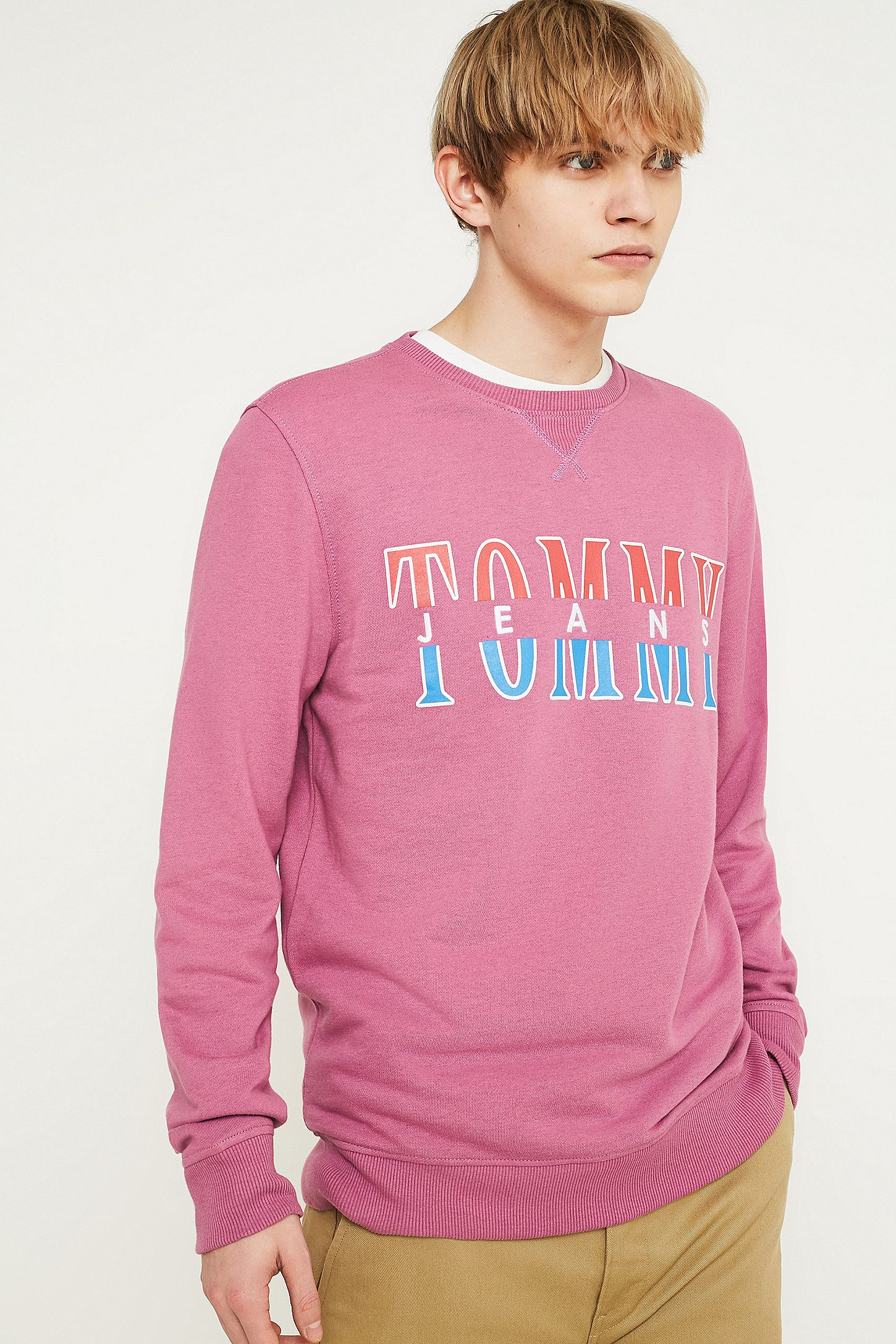 947d38b6 Tommy Jeans 90s Print T Shirt Pink