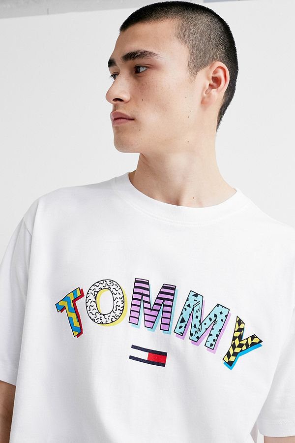 37b618f8 Tommy Jeans Retro Geo White T-Shirt | Urban Outfitters UK