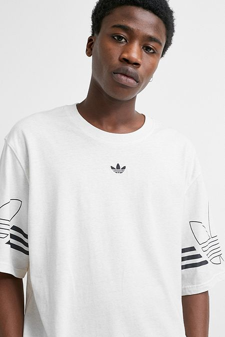 outlet store 9cce8 ee873 adidas Outline Ecru T-Shirt