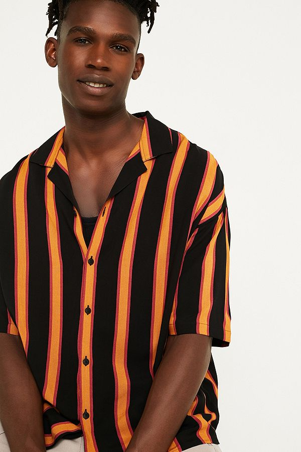 604572a486cb7e Loom Retro Stripe Black Short-Sleeve Shirt