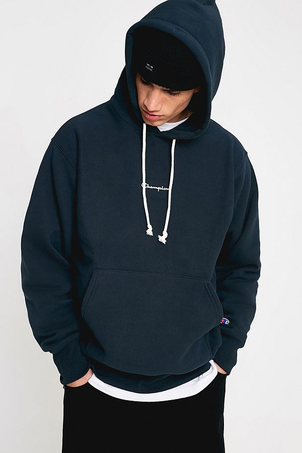 be351b0561fb Champion UO Exclusive Small Script Blueberry Hoodie