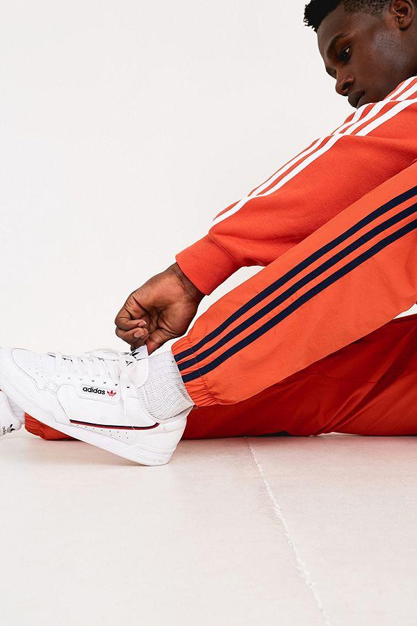 Adidas – Gewebte Trainingshose In Bernstein Mit 3 Streifen Styling by Adidas Shoppen