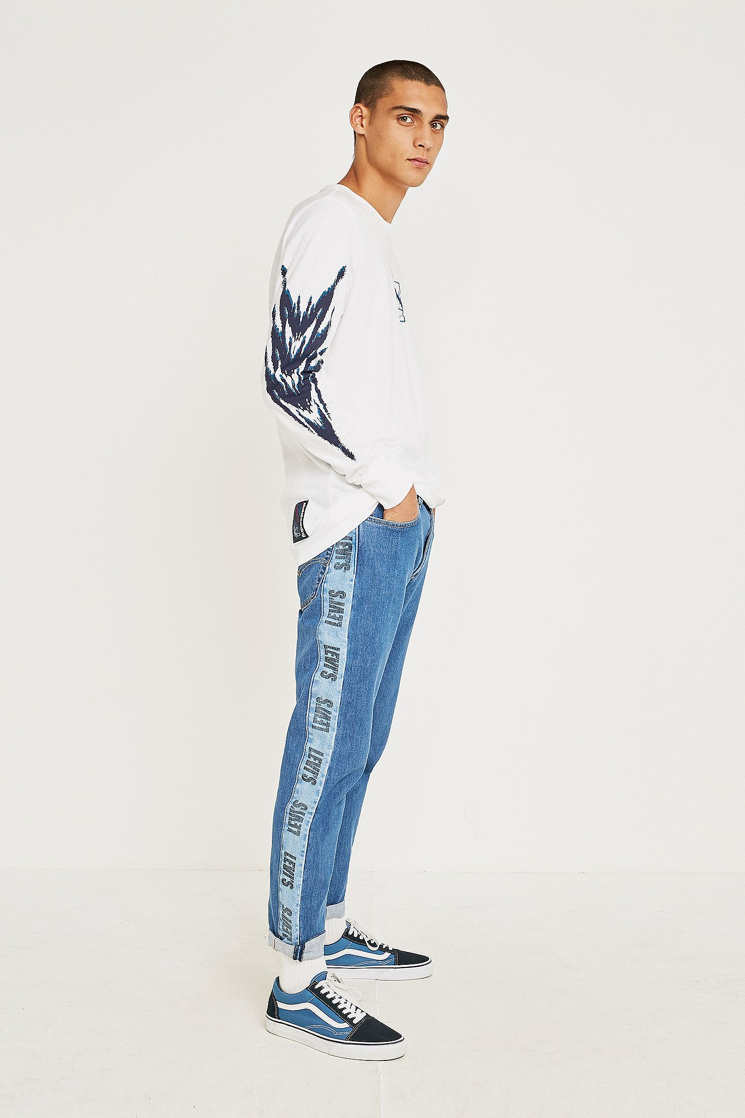 734fef31 Levi's Hi-Ball Roll Logo Stripe Jeans | Urban Outfitters UK