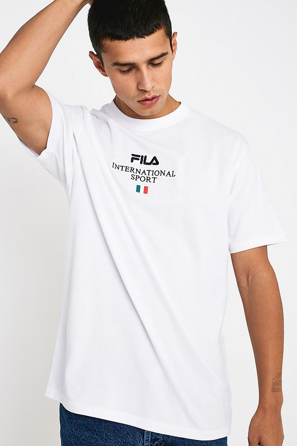 """Fila UO Exclusive – T-Shirt """"Penny"""" in Weiß"""