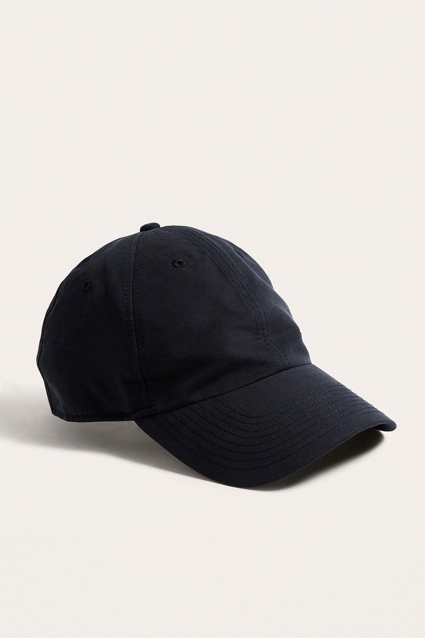 14c066b557452 Nike Heritage 86 Swoosh Black Cap
