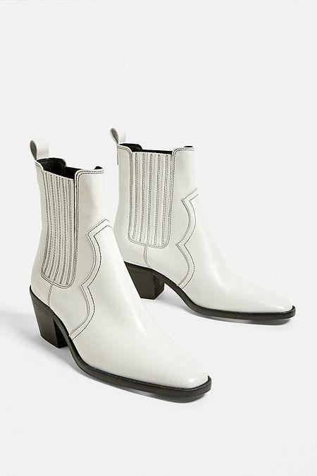 a67dd24ca0de Women's Boots   Vagabond, Dr Martens, Ankle Boots & more   Urban ...